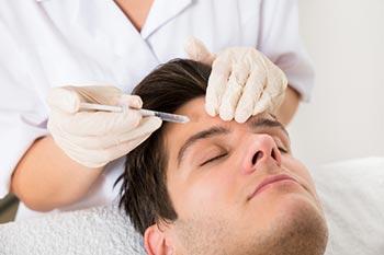 Hautverjüngung mit Hyaluronsäure für Mann und Frau